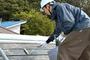 屋根塗装、下塗り